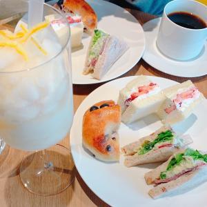 見た目も味も魅力的 センス溢れるサンドイッチ「THE SANDWICH STAND」