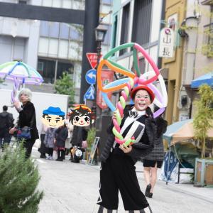 亀戸香取神社へ続く、亀戸勝運商店街で行われた大道芸イベント!かめいど勝運大道芸2019