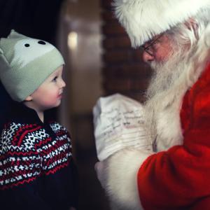 クリスマスの伝統行事 サンタに会いに行く!