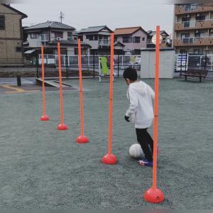 ドリブル練習以外にも使える!トレーニングポールの有効的な使い方
