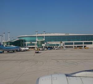 特典航空券で飛ぶ香港の旅(仁川国際空港第2ターミナル大韓航空ラウンジ「KAL Prestage Class Lounge」も利用)