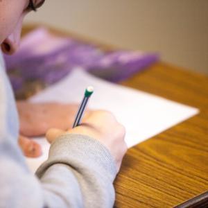 中学生の読解力が低下してるらしいけど…【OECD調査】