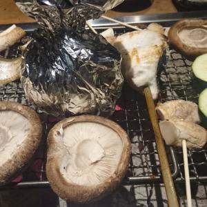 法善寺横丁の人気店で炉端焼き