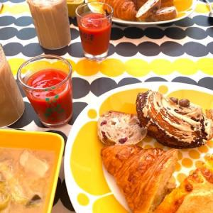 朝ごパンと密なお蕎麦屋さん