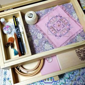 刺繍道具♡自宅用お裁縫箱