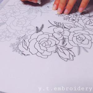 刺繍と花のある暮らし