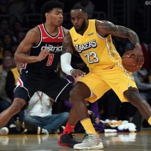 【NBA】八村塁の活躍が地上波テレビで見られないのはなぜ?変わりゆくスポーツ放送ビジネスの舞台裏