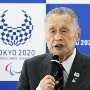 【東京五輪】森喜朗会長(82)「私はマスクをせずに最後まで頑張る」オリ・パラの公式スポーツウエア発表