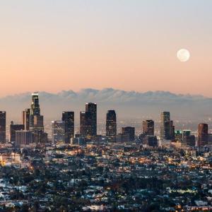 ロサンゼルス、コンサートやスポーツイベントなどを2021年まで禁止することを検討