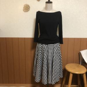 自分に厳しいスカート