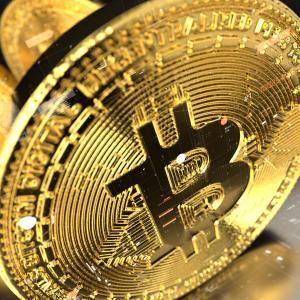 ビットコインが10,000ドルを突破!今後の株式市場の方向性を示す羅針盤となるか