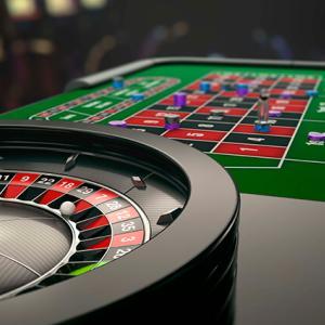 ビットコインとゴールドが急落!狂気のカジノ市場はいつまで続くのか
