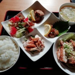 自称日本一辛いラー油のある中華料理屋タンタン。