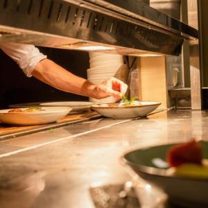フレンチシェフ/フランス料理人になるには?向いている人とスムーズな転職方法