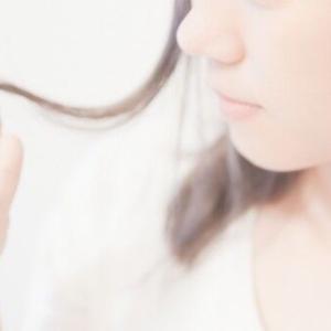 AYAKAMI薬用ローズヘアエッセンス