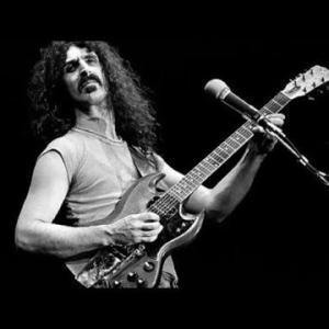 フランク・ザッパの公式ドキュメンタリー映画『Zappa』3月に米国で初演、マイク・ケネリーやスティーヴ・ヴァイら出演