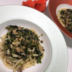 ほうれん草とサバ缶のうどん|冷凍野菜と缶詰で簡単筋トレレシピ/やる気★★