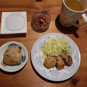 鶏肉焼いただけの夕飯