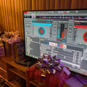 タヒチアンクリスマスパーティー カラオケ大会