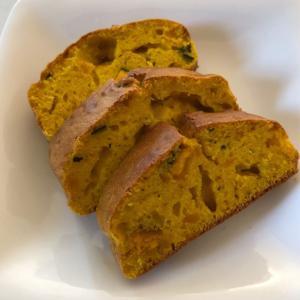 至福の朝ごはんシリーズ「かぼちゃケーキを焼きました✨」ホットケーキミックスで簡単♬しかも栄養価も高い(*^▽^*)