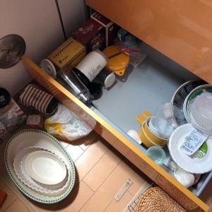 整理整頓⤴✨「キッチンの収納棚の見直し」見て見ぬふりして暮らしてきた場所に挑む!(^^)!