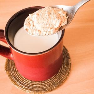 きな粉牛乳の効能|胸が大きくなるって本当?飲む時間に注意が必要!