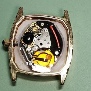 エニカの腕時計(レディース)を電池交換したので解説