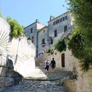 南仏観光&お土産探しに絶対お勧め!フランス最も美しい村Les Baux-de-Provence(レ・ボー=ド=プロヴァンス)