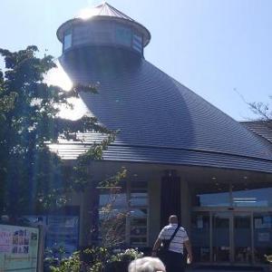 「道の駅はくしゅう」名水百選、白州の水を汲みました。(^_^)/