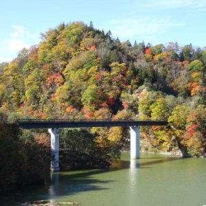 「2020 道東 秋の紅葉 1」今年も白糠町庶路ダムを探検です。(^_^)/