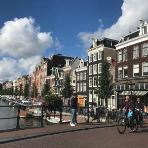 オランダ アムステルダムにある「飾り窓」って何?! 知られざるその謎と周辺の様子をご紹介!