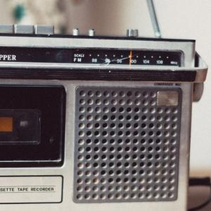 【FMラジオ】洋楽メインのラジオはインターFMがおすすめ