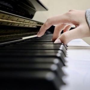 思いを繋ぐピアノ