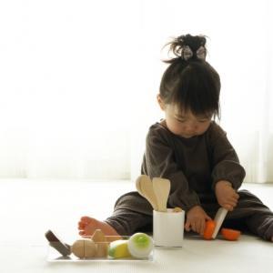 子どもとおままごとで遊ぶのが苦手…ママ失格ですか?