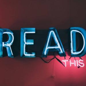 朗読を聞いて真似しよう!無料素材で子供の国語力をアップ