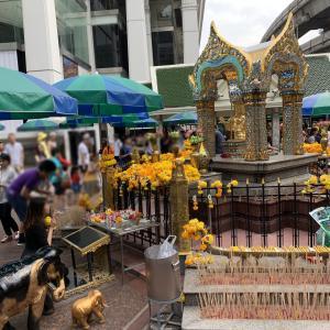 【タイ・バンコク】なんでも願いが叶う!?パワースポット・エーラーワンの祠。行き方から参拝の仕方まで完全ガイド!