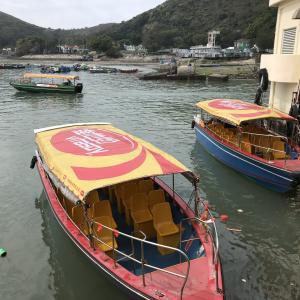 【香港・ランタオ島(大嶼山)】ピンクイルカに会いに行く!水上住宅も見られるボートツアー