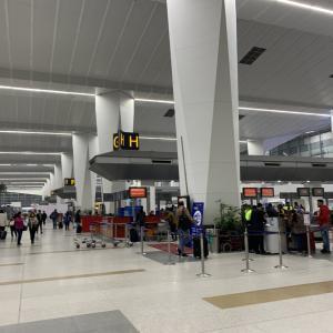 【トラブル】インド インディラ・ガンディー(デリー)空港で国際線乗り継ぎで入国する時は荷物に注意!