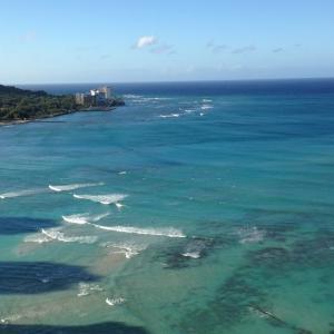 ハワイのどこまでも美しいワイキキビーチ