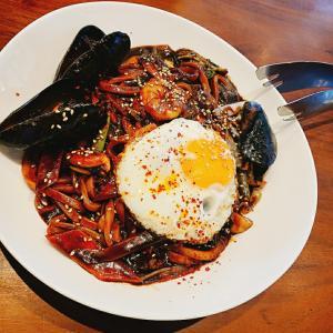 お昼はダンミテラスで創作韓国?料理を❗