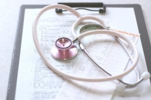 【更年期体験談】1年ぶりに婦人科を受診。ホルモン検査と子宮筋腫の経過は?