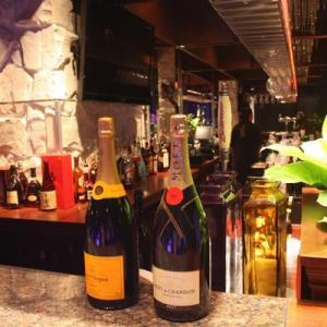 バーや居酒屋、旅行代理店の営業も再開可能に