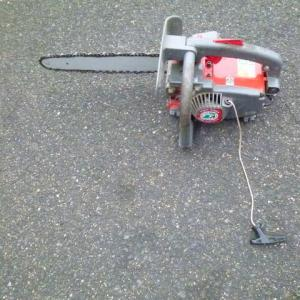 チェーンソウの修理
