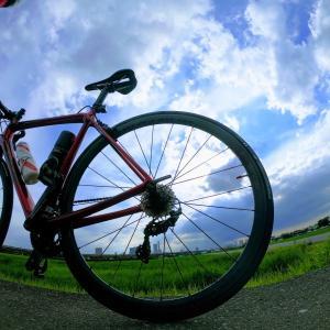 ロードバイクのチューブは飲み代1回分で100gの軽量化と乗り心地アップが図れます!