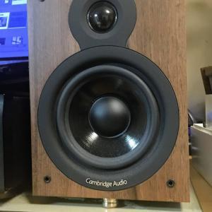 高音質 スピーカーのセッティング 3点支持か?4点支持か?