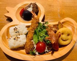 こどもと梅田でヘルシーランチ「阪急三番街 リバーカフェ」