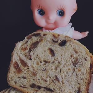 キューピーの大好きなパン屋は、焼きたてパンが食べられる「マイホームベーカリー」です(。・ω・。)ノ♡