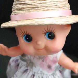 リバティ生地のワンピース  キューピーのために帽子もコーデ(型紙あり)
