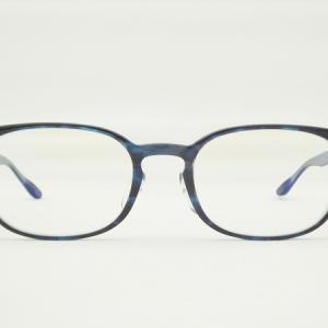 ブルーカラーの男前メガネ