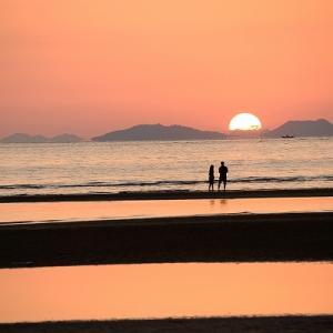 趣味の写真館 「 沈む太陽と父母ヶ浜 」